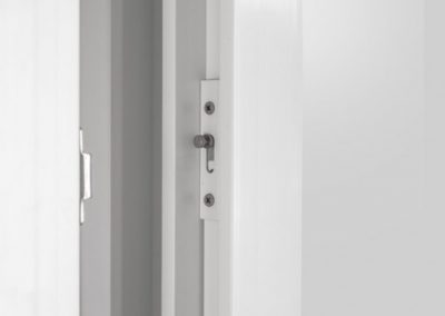 Porta-de-Correr-2-Folhas-com-Tela-Europa2[1]